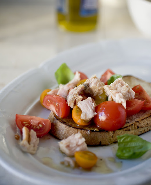 Open Tuna Sandwich with Anchovy Dressing