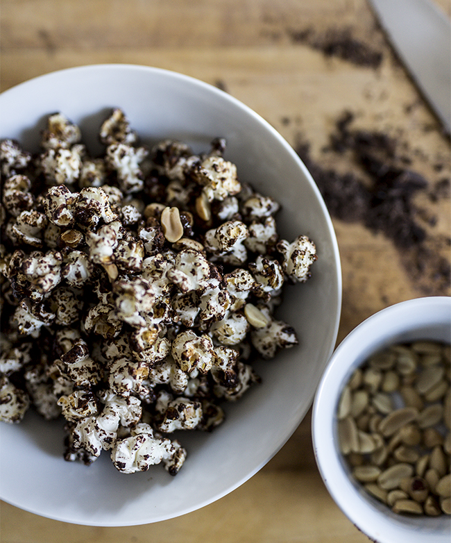 dark chocolate popcorn - A Stack of Dishes